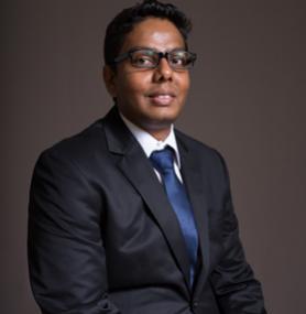 Dr. R.Rajoo
